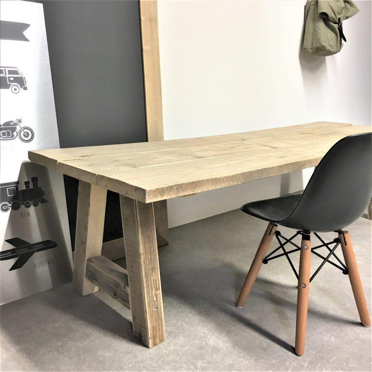 Steigerhouten bureau Sile