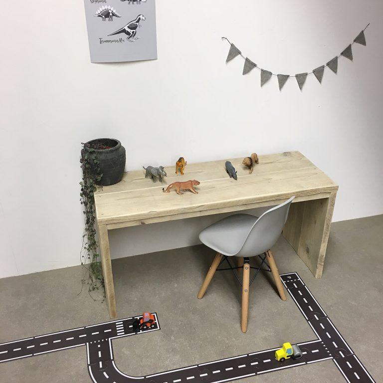Steigerhouten speeltafel
