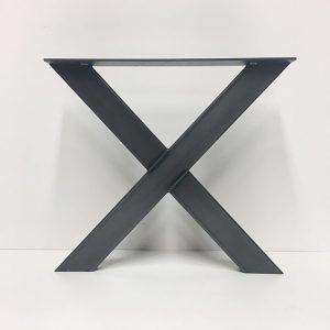 stalen poten x-vorm
