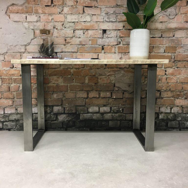 Steigerhouten bureau met staal