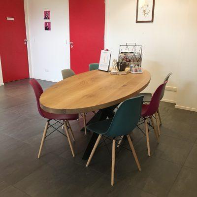 Eiken tafel wachtkamer