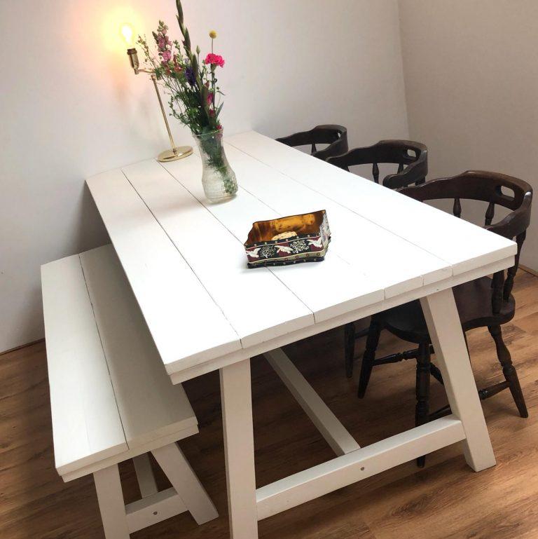 witte steigerhouten tafel